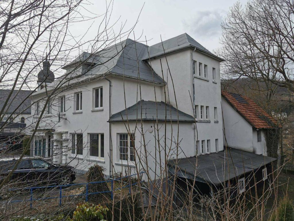 дом на 5 квартир